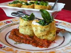 "Spinach, ""Raw""cotta, & Squash with Marinara.  Top 10 Best Raw Lunch Ideas"