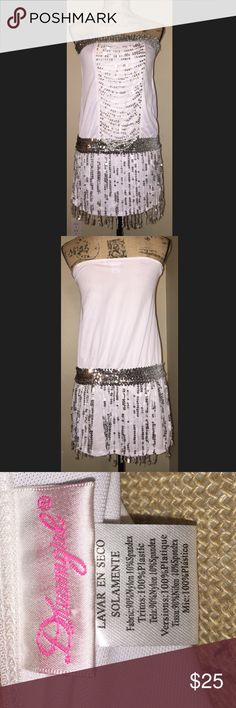 Flapper dress White in silver flapper dress never worn brand-new in great condition Halloween costume Other