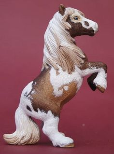 Schleich Horses Stable, Clydesdale Horses, Barrel Racing Saddles, Barrel Racing Horses, Horse Tack Rooms, Horse Stables, Horse Braiding, Bryer Horses, Ponies For Sale