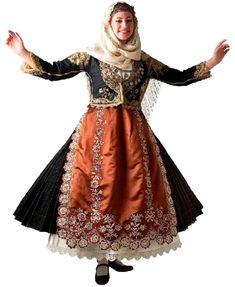 Παραδοσιακή φορεσιά Μεγάρων Αττικής