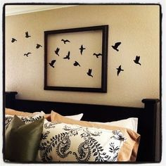 Super bedroom wall decor above bed creative pictures Ideas Bed Wall, Bedroom Wall Art Above Bed, Bedroom Art, Diy Wall Art, Frame Wall Decor, Wall Spaces, Wall Decals, Wall Stickers, Diy Home Decor
