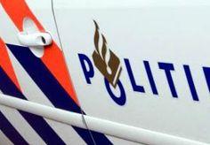 10-Nov-2013 6:47 - DODE DOOR SPOOKRIJDER OP A1. Bij een frontale botsing op de A1 bij Muiden zijn een dode en een gewonde gevallen. Volgens de politie is het ongeluk vermoedelijk veroorzaakt door een spookrijder. Het ongeluk was rond 3.00 uur. De identiteit van de beide automobilisten is nog niet bekend.