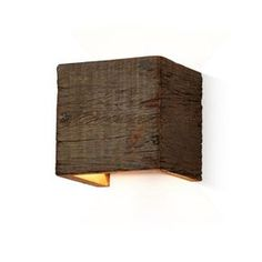 Wandleuchte, Schirm aus recyceltem Holz, Natur-Look Vorderansicht