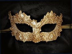 Sequined Gold Masquerade Mask With Rhinestones And Embroidery – Embellished Venetian Style Gold Masquerade Ball Mask - Mask Making - Face Mask - Masquerade Mask - Mask Homemade Gold Masquerade Mask, Masquerade Party, Masquerade Costumes, Mascarade Mask, Halloween Costumes, Maskerade Outfit, Mardi Gras, Flower Costume, Beautiful Mask