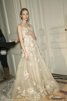Valentino Haute Couture Весна-Лето 2013 (Backstage и детали)