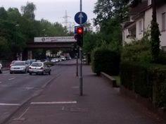 Markierungs(un)logik: Was man Radfahrern so alles zumutet ...