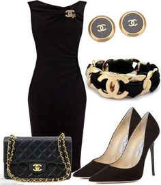 Gorgeous  classic outfit for the entrepreneuress
