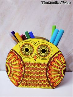 The creative twins : Cute Owl Pen Stand Cd Crafts, Recycle Crafts, Paper Crafts, Diy Canvas Art, Diy Wall Art, Crafts With Pictures, Art Pictures, Cd Decor, Diy Crafts For Kids Easy