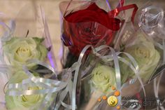 Rozen als felicitatie voor dopelingen Cabbage, Vegetables, Food, Meal, Eten, Vegetable Recipes, Meals, Collard Greens, Veggies