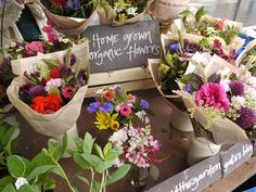 Pyrus Flower stall
