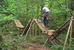 See pictures, photos of whistler resort and surrounding areas Mtb Trails, Mountain Bike Trails, Diy Outdoor Toys, Mountian Bike, Travel General, Cycling News, Bike Parking, Road Bikes, Parkour