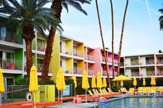 The Saguaro Hotel Palm Springs | sassy red lipstick
