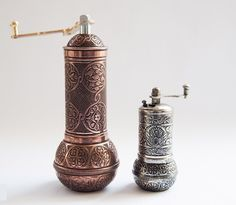 Turkish Coffee Grinder, Turkish Spice Grinder, Pepper Grinder, Salt Grinder, Spice Grinder Set by GrandBazaarShopping, www.grandbazaarshopping.com Turkish Coffee Grinder, Turkish Coffee Set, Spice Grinder, Pepper Grinder, Turkish Spices, Grand Bazaar Istanbul, Spiced Coffee, Cooking Tools, Copper