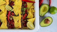 Vege-nachot Raw Food Recipes, Vegetarian Recipes, Healthy Recipes, Healthy Food, Vegan Party Food, Nachos, Recipe Collection, Guacamole, Stuffed Mushrooms