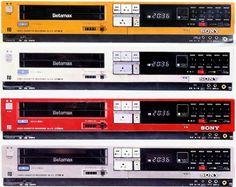 Sony SL-F3 Beta Tape Players (1983) 01.17