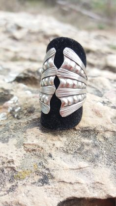 Antique sterling silver ring, with an open, tribal design. Talla:EU 55 7.5 US Possible for sizes higher