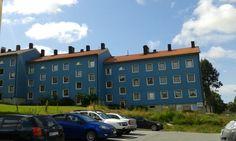 Turkoosi talo Göteborgissa.