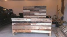 Reclaimed Pallet Wood King Size Headboard, Footboard,and Frame. More pallet patio, gardening, DIY furniture ideas and inspiration at http://pinterest.com/wineinajug/passion-for-pallets/