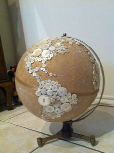 Make a button globe... how creative!