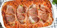 Lækre italienske koteletter i fad med pasta, parmaskinke og en knaldgod tomat-flødesovs. Alt skal bare i ét fad og i ovnen - det er da nemt! Always Hungry, Breakfast Snacks, Lchf, Italian Recipes, Quiche, Food Porn, Food And Drink, Homemade, Dinner