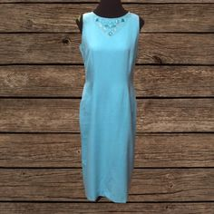 SZ 10JESSICA HOWARD LONG DRESS Pretty turquoise dress with sequin embellished design on the neckline.. Excellent used condition:. Line/Rayon blend Jessica Howard Dresses