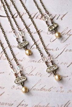 Nostalgic Bride. bridesmaid necklaces, bridesmaid jewelry, pearl, rhinestone, crystal, simple necklace set. Tiedupmemories