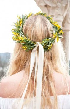 C, was gorgeous in this bohemian bridal inspired number and gorgeous crown of Mimosas by Wayne Riley Flowers Wedding Trends, Wedding Designs, Wedding Styles, Wedding Ideas, Wedding Reception, Wedding Stuff, Wedding Planning, Floral Hair, Floral Crown