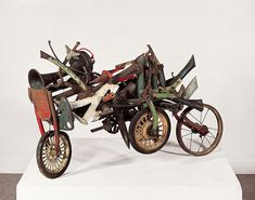 Jean Tinguely - Tricycle Jean Tinguely, Wood Sculpture, Modern Sculpture, Abstract Sculpture, Art Sculptures, Marcel Duchamp, Rene Magritte, Art Object, Found Object Art