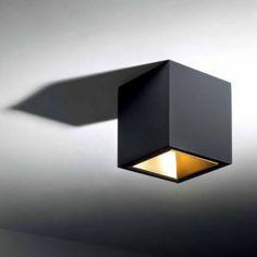 BOXY L+ LED 3033 Deckenanbauleuchte, schwarz - gold