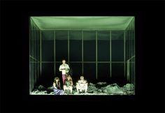 Das Rheingold, Regie: Barrie Kosky, Bühnenbild und Licht: Klaus Grünberg, 2009