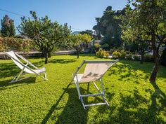 wonderful modern style villa with beautiful orange garden. Outdoor Chairs, Outdoor Furniture Sets, Outdoor Decor, Sicily Hotels, Free Wifi, Villa, Italy, Canning, Barbecue