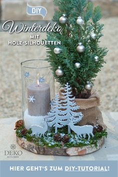 You can implement this DIY Christmas decoration for the table quickly and easily. This pretty table decoration with thuja trees and wooden silhouettes is suitable for inside or outside and of course t Christmas Time, Christmas Bulbs, Christmas Crafts, Christmas Decorations, Xmas, Holiday Decor, Simple Christmas, Sweet Table Decorations, Decoration Table