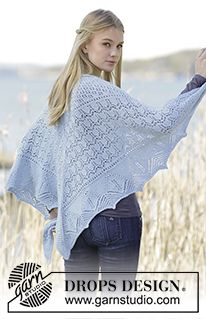 """Swan Lake - Knitted DROPS shawl with lace pattern in """"Alpaca"""". - Free pattern by DROPS Design"""