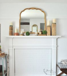 Winter mantel displa
