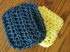 Another pinner said: I wanted to share these very quick crocheted kitchen scrubbie patterns. These make great gifts! Crochet several of these and wrap them together with a package of pretty kitchen towels for a nice gift. The first pattern below is actually one that I created. I have been using the second pattern below to make my scrubbies, but then I decided t