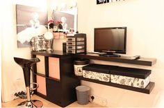 Perfect Professional Makeup Station for my Esthetic room -- Ive gotta get started on this soon!