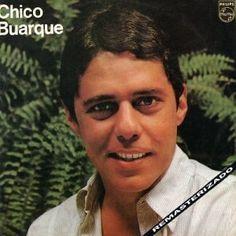 """Après Os Saltimbancos (1977), un disque léger, ludique et récréatif, Chico Buarque retourne à ses fondamentaux grâce à Chico Buarque (1978), un album éponyme qui mélange MPB et Samba. """"Feijoada Completa"""", qui introduit l'album, s'inscrit dans la tradition..."""