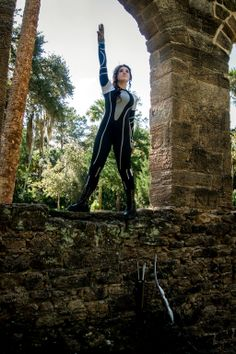 Fantastic Katniss wetsuit cosplay! - 10 Katniss Cosplays