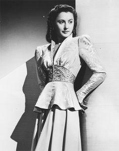 Barbara Stanwyck, 1940....Uploaded By www.1stand2ndtimearound.etsy.com
