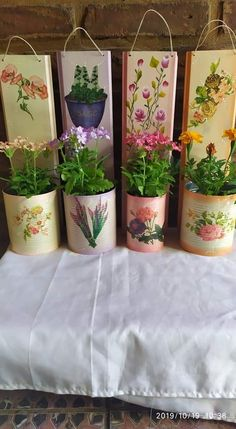 Aluminum Can Crafts, Tin Can Crafts, Diy And Crafts, Decor Crafts, Wood Crafts, Decorated Flower Pots, Recycle Cans, Bottle Box, Craft Show Ideas
