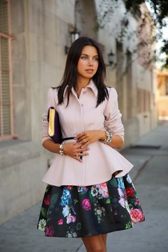 floral skirt w pink peplum coat. Floral Fashion, Love Fashion, Womens Fashion, Fashion News, Fashion Design, Ted Baker Skirts, Peplum Coat, Spring Fashion Trends, Fall Fashion