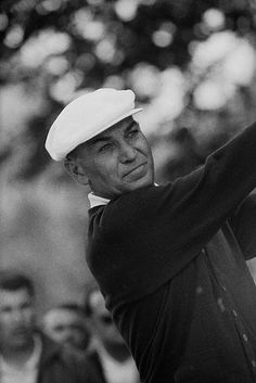 Ben Hogan remains the only golfer in history to win the Masters, U. Open, and British Open (The Grand Slam) in the same calendar year Golf Images, Golf Pictures, Fantasy Golf, Famous Golfers, Masters Tournament, The Sporting Life, Golf Art, Vintage Golf, Play Golf
