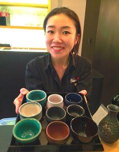 Disfrutando en @BarShuwaShuwa del primer bar japonés de Madrid, con 60 sakes acompañados de tapas japonesas