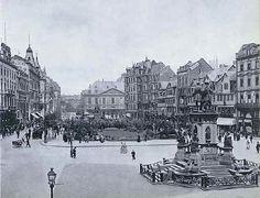 Rossmarkt_und_Goetheplatz_mit_Gutenberg_Denkmal_und_Goethe_Standbild