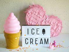 Dětská lampa ve tvaru růžové zmrzliny v kornoutu