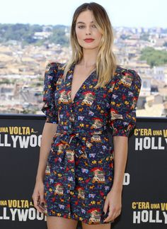 All The Times Margot Robbie Has Aced It On The Red Carpet – Celebrities Woman Margo Robbie, Margot Robbie Style, Margot Elise Robbie, Margot Robbie Harley Quinn, Kristen Stewart, Celebrity Red Carpet, Celebrity Style, Margot Robbie Pictures, Most Beautiful Faces