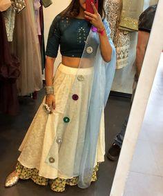 Beautiful Silk Lehenga-Choli with embellished dupatta. Garba Chaniya Choli, Garba Dress, Navratri Dress, Lehnga Dress, Lehenga Gown, Lehenga Style, Choli Blouse Design, Saree Blouse Neck Designs, Choli Designs