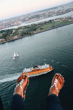 NYC Shoe Selfie with FlyNYON. Doorless Helicopter Flights taking Aerial Photography to New Heights! Shoe Selfie, Aerial Photography, New York City, Las Vegas, Nyc, New York, Last Vegas