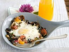 Skillet Garden Eggs With Fontina