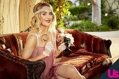 Lauren Conrad Shows Us How to Throw a Murder-Mystery Halloween Party Mystery Dinner Party, Mystery Parties, Halloween Party Themes, Halloween Dinner, Diy Halloween Costumes, Halloween Baking, Halloween 2016, Kristen Bell, Zooey Deschanel